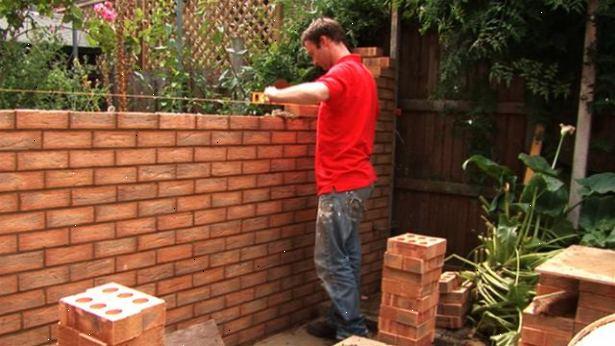 Bakstenen Muur Tuin : Hoe maak je een bakstenen muur bouwen u2013 wkinl